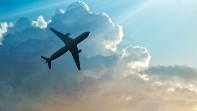 How to become a flight dispatcher