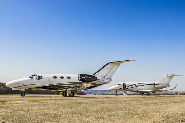 Can you fly a jet with a private pilot's license