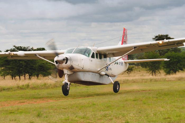What jobs can you do as a bush pilot